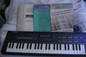 Casio CZ-101 with original programming / instruction books