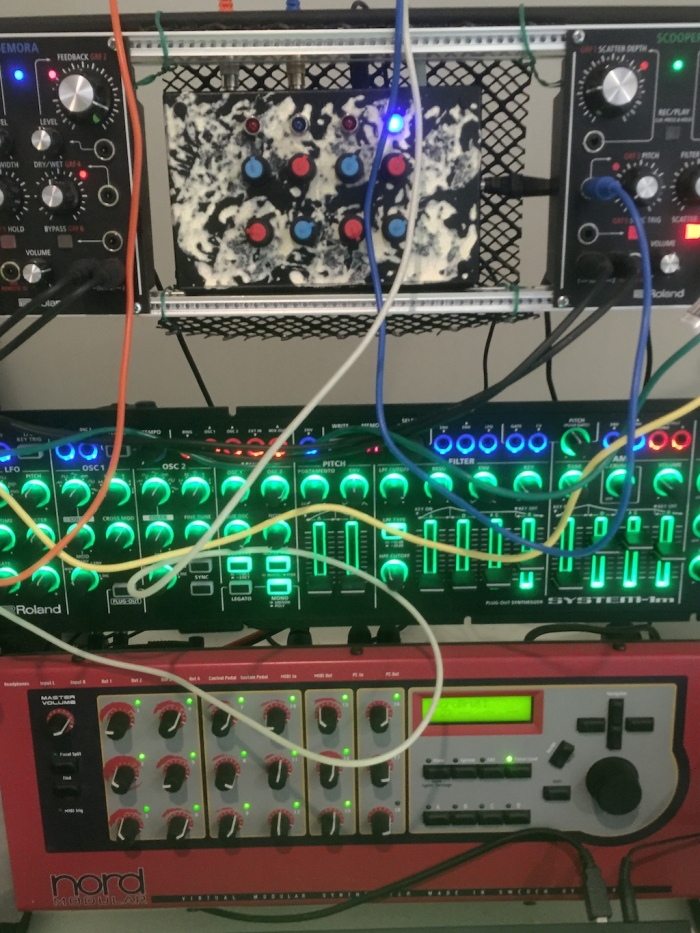 Quad LFO with DIY cage